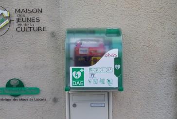 Repositionnement du défibrillateur automatique