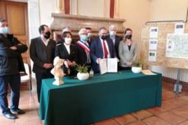 Venue de Mr J. GIRAUD, Secrétaire d'Etat chargé de la Ruralité à Brassac