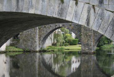 « Tu te souviens du pont qu'on traversait naguère pour passer la rivière tout près de la maison… »